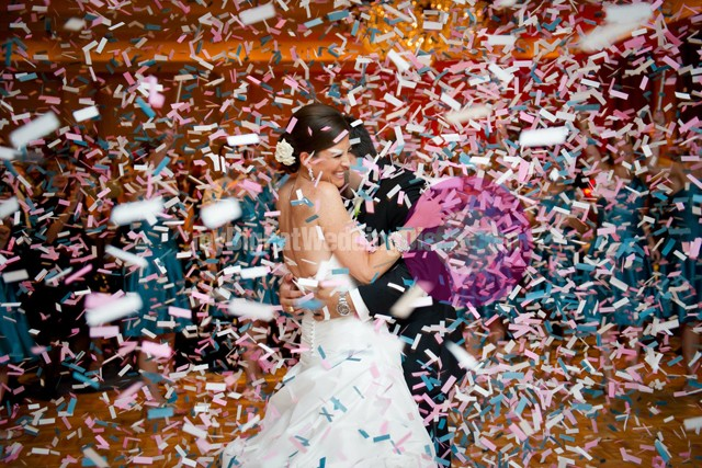 wedding confetti popper