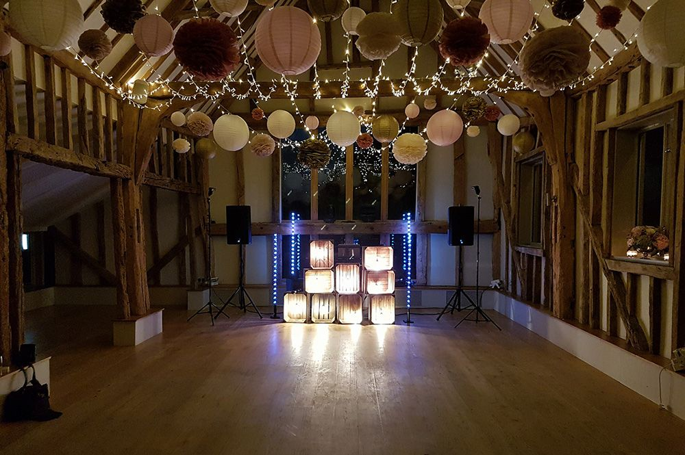 Wedding Vintage DJ Booth